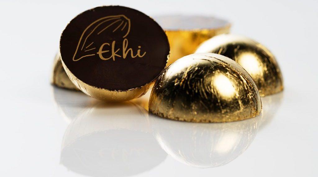 De la fusión de metal precioso y chocolate nacen los primeros bombones de oro en España