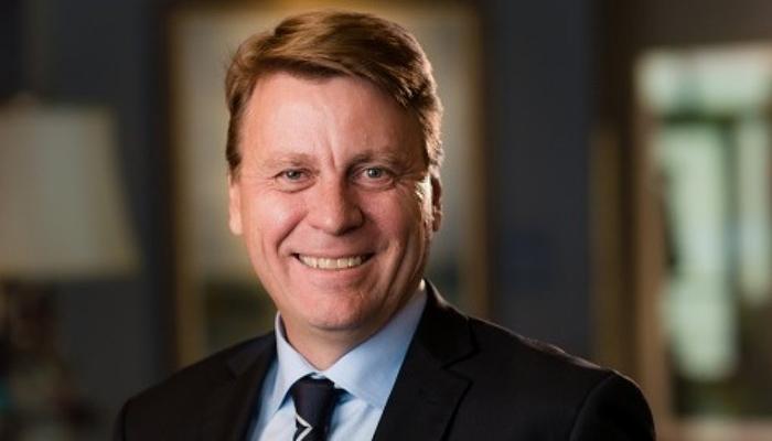 Tom Palmer nuevo presidente de la mayor compañía minera de oro del mundo, Newmont Goldcorp