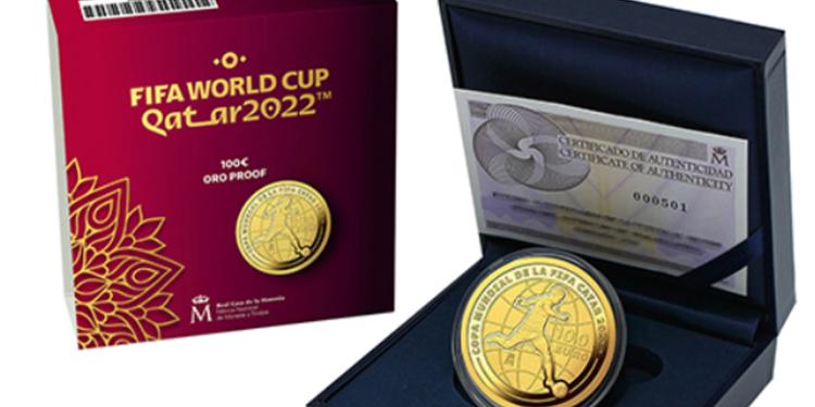 España en la Copa Mundial FIFA Catar 2022 con dos monedas en oro y plata